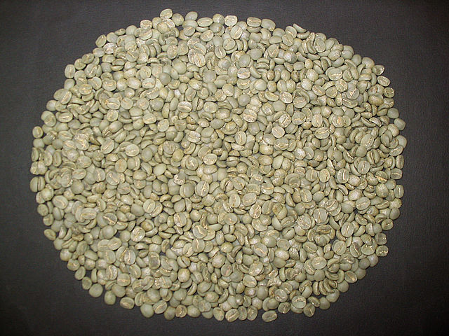 640px-Unroasted_coffee